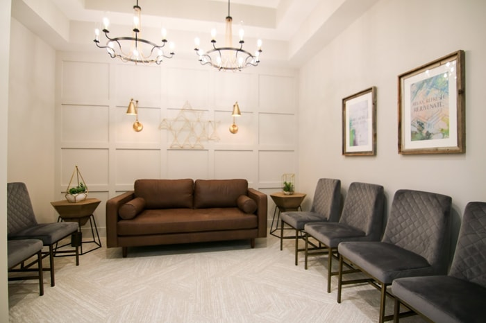 Relaxing lobby area inside Olentangy Modern Dental