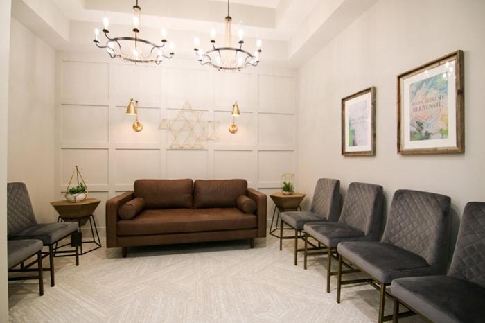 Relaxing lobby area inside Olentangy Modern Dental